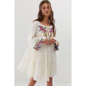 ✨NWT✨ Free People Boho Embroidered Dress